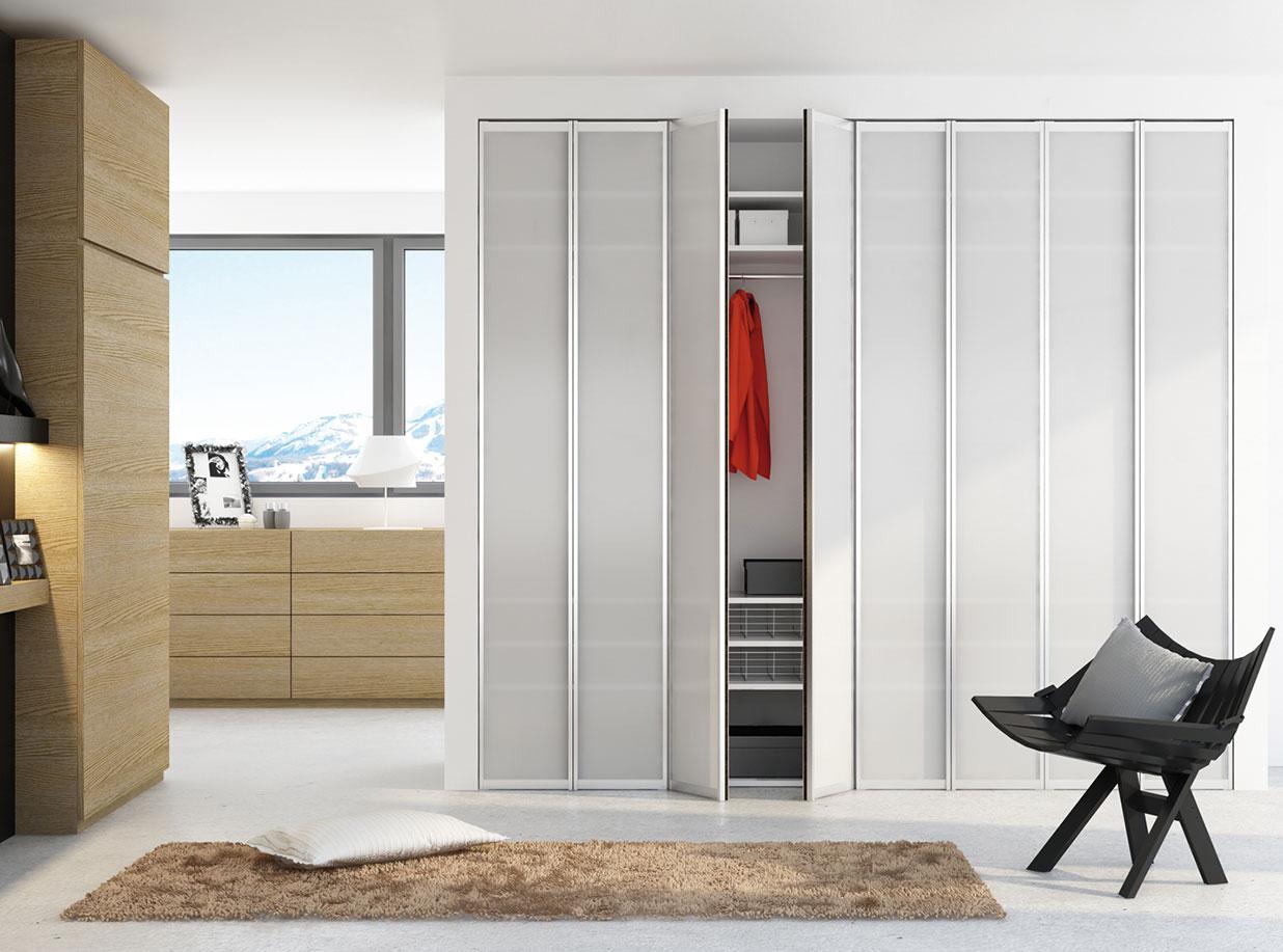 einbauschr nke mit dreht ren elegante schrankl sungen f r jeden raum. Black Bedroom Furniture Sets. Home Design Ideas